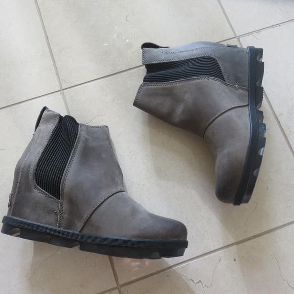 94983151a Sorel Shoes | Joan Of Arctic Chelsea Bootie 6 37 7 38 | Poshmark